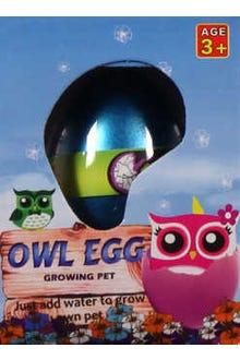 Huevo que crece en el agua y sale un búho